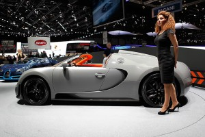 2012-geneva-motor-show-the-girls-photo-gallery_12